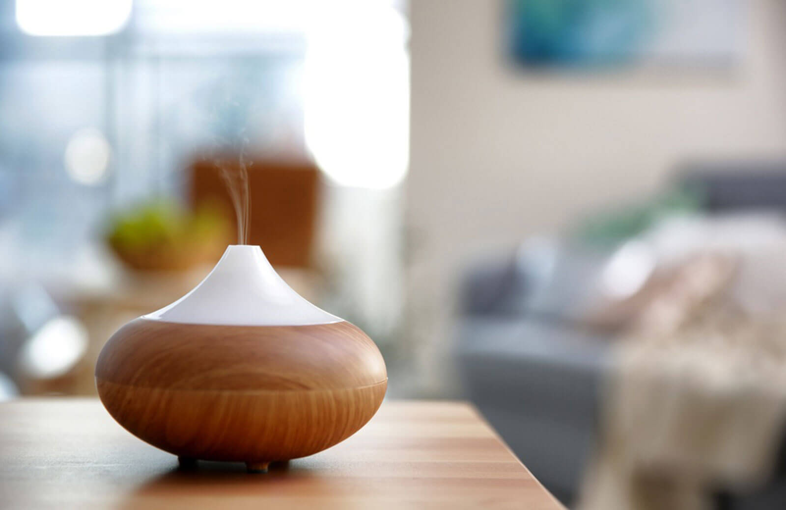 essential-oil-diffuser-make-your-office-welcoming